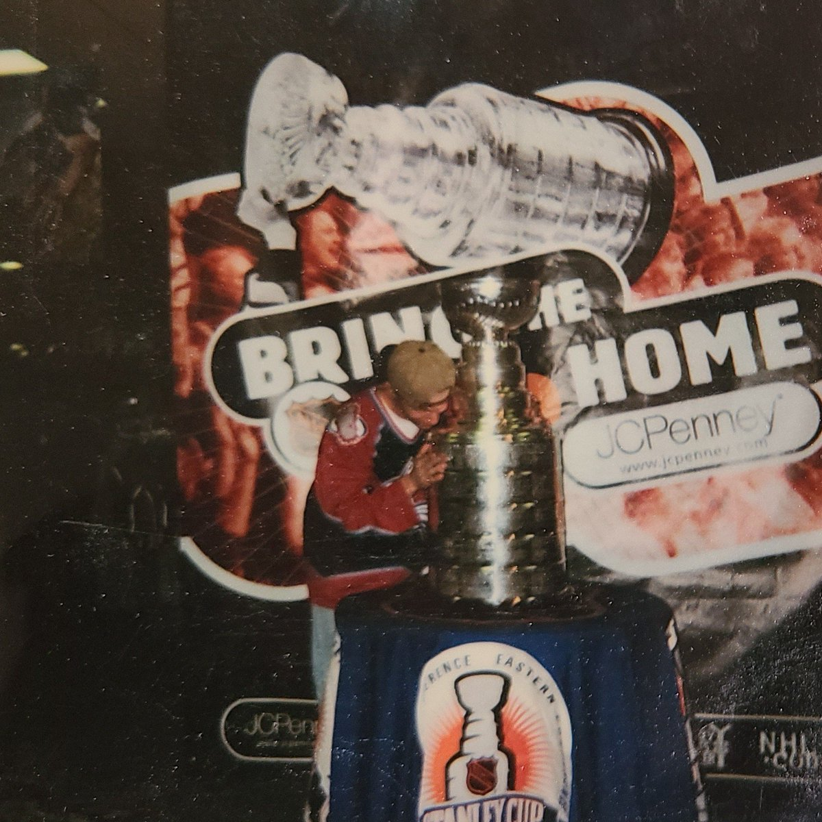 In honor of the crazy 24-team @nhl tournament, #TBT that time I got to kiss the Stanley Cup circa 1999 l. #hockey