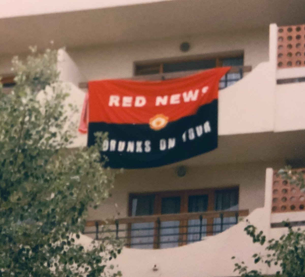 #Treble99 ❤️🤍🖤 🏆🏆🏆@barneyrednews #Magaluf1999 #21YearsAgo https://t.co/GCjotDrtGS