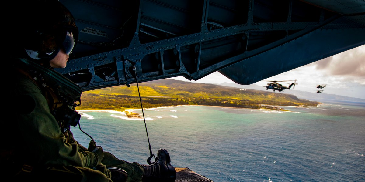 Perfect View A crew chief with Marine Heavy Helicopter Squadron 463 looks out of a CH-53E Super Stallion during a training mission at @mcb_hawaii. The mission increased proficiency through integrated training to sustain readiness and project power.