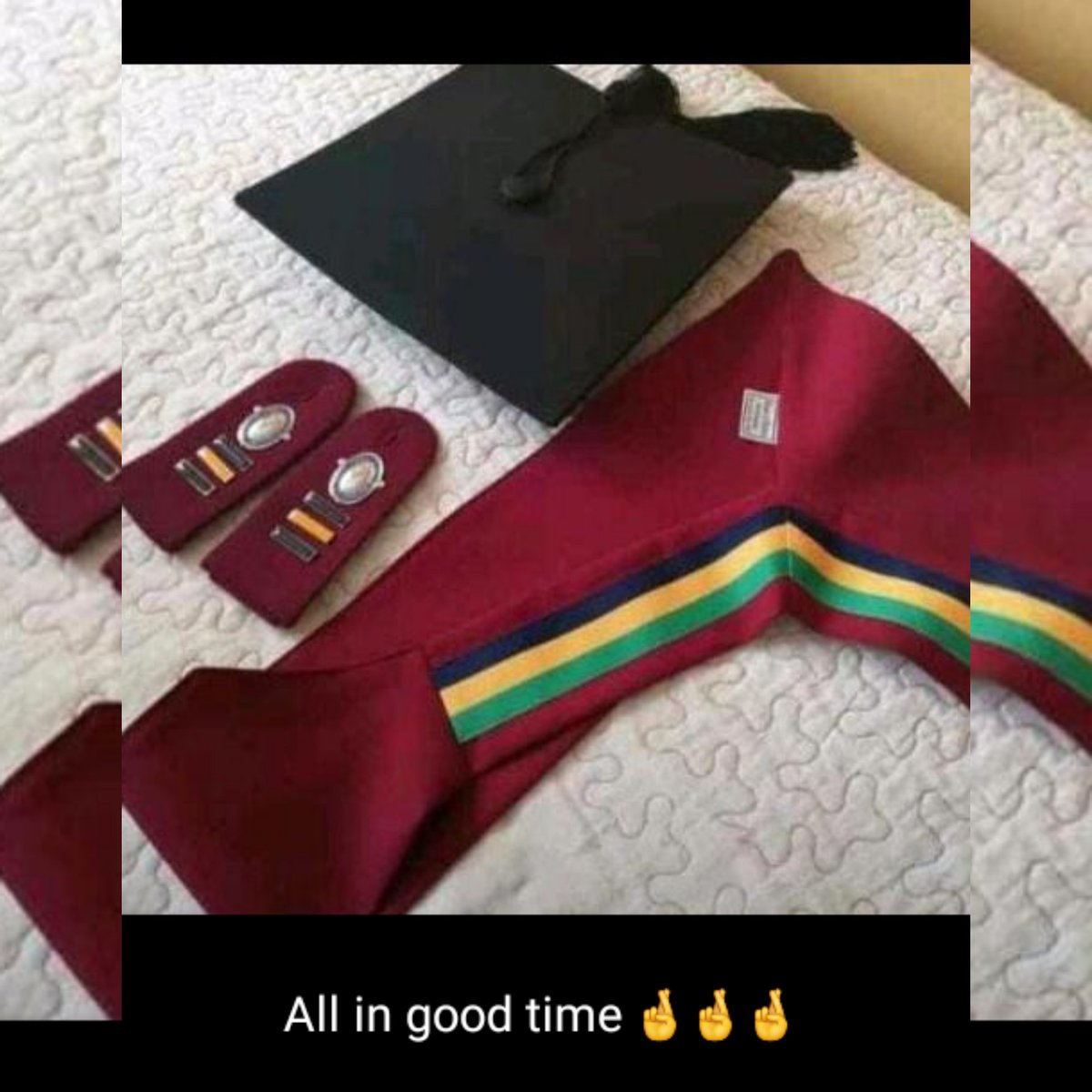There was a time in life where I had one outfit be ngithembile , one pair of shoes couldn't afford stuff like other kids , uGogo made end meet and was a house full of cousin's but in 2016 I lost my grandmother before trail exams some how by God's Grace I pushed on. pic.twitter.com/NujWQetkpY