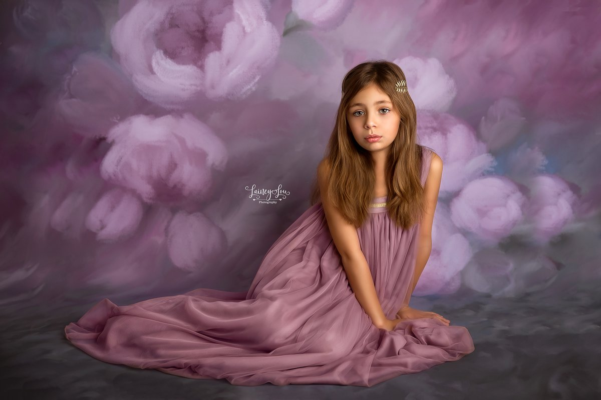 "Where flowers bloom, so does hope. Backdrop shown is ""Belle Rose"" https://www.hsdbackdrops.com/  #HSDBACKDROPS #backdrop #backdrops #photographyprops #photographyprop #photographybackdrops #childphotography #childphotographer #backdropsale #photographer #photographers #propvendor #salepic.twitter.com/oZrX93FA65"
