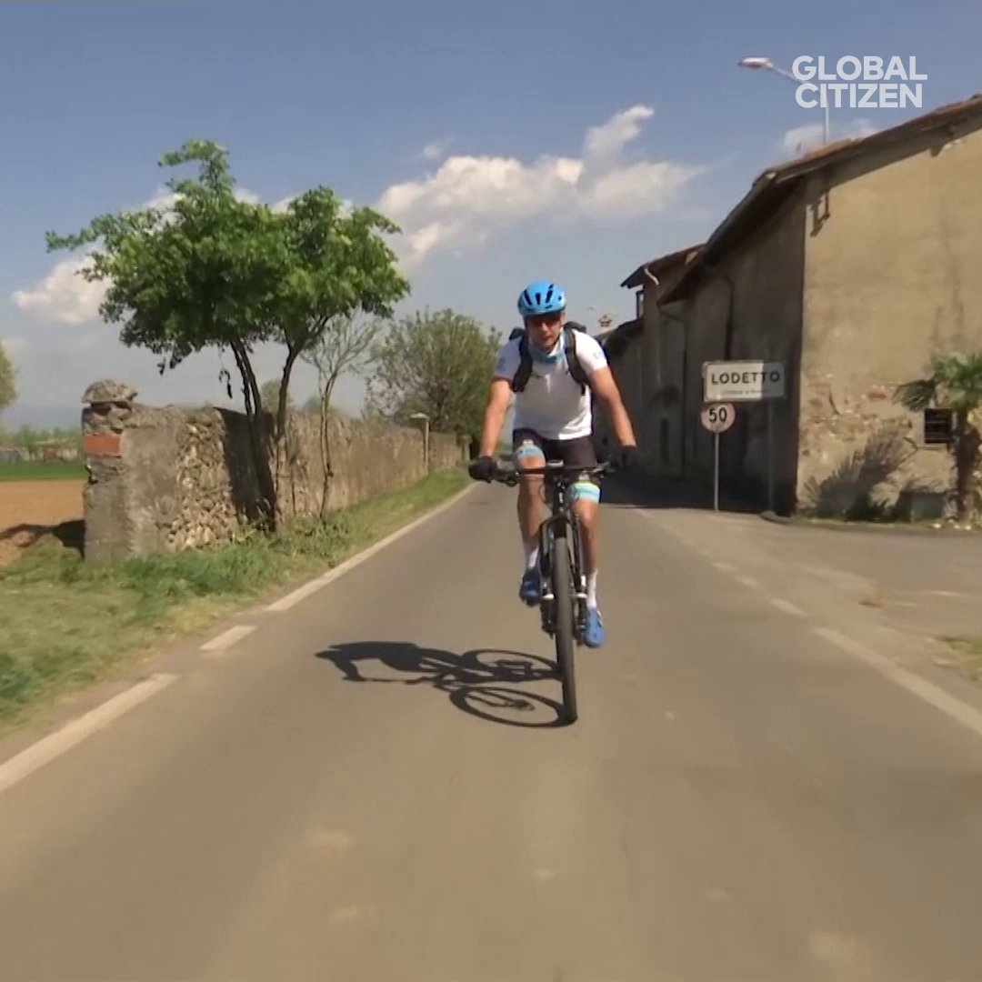 This pro cyclist in Italy is using his skills to help his community during the COVID-19 pandemic.