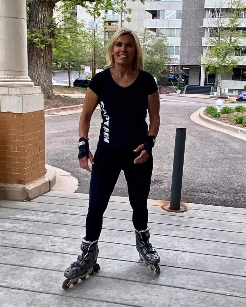 I learned to rollerblade in the streets of #Boston! My friend David & I would fly down Milk St like we owned it! Just pulled my blades out after 20 yrs & they still work! I plan to ride around #Denver & hopefully not bust my bum! If I do, Leah will be there to collect me. pic.twitter.com/QyPKFQbyFA