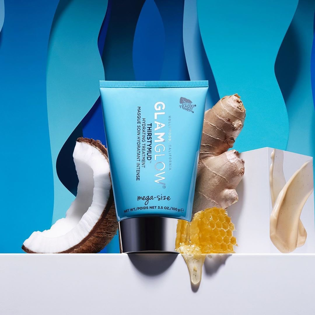 #THIRSTYMUD coming at your skin with a flood of 24-hour instant hydration thanks to hyaluronic acid, coconut, and honey  Today only: get it mega-size for 50% off with code FLASH on http://GLAMGLOW.compic.twitter.com/v11SBu4qVR