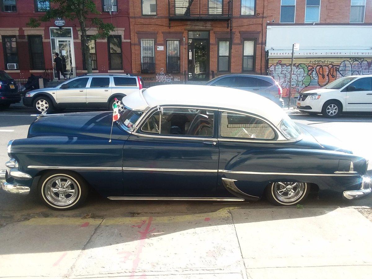 Beautiful 1954 #Chevrolet sedan! pic.twitter.com/vRML6c8v9i
