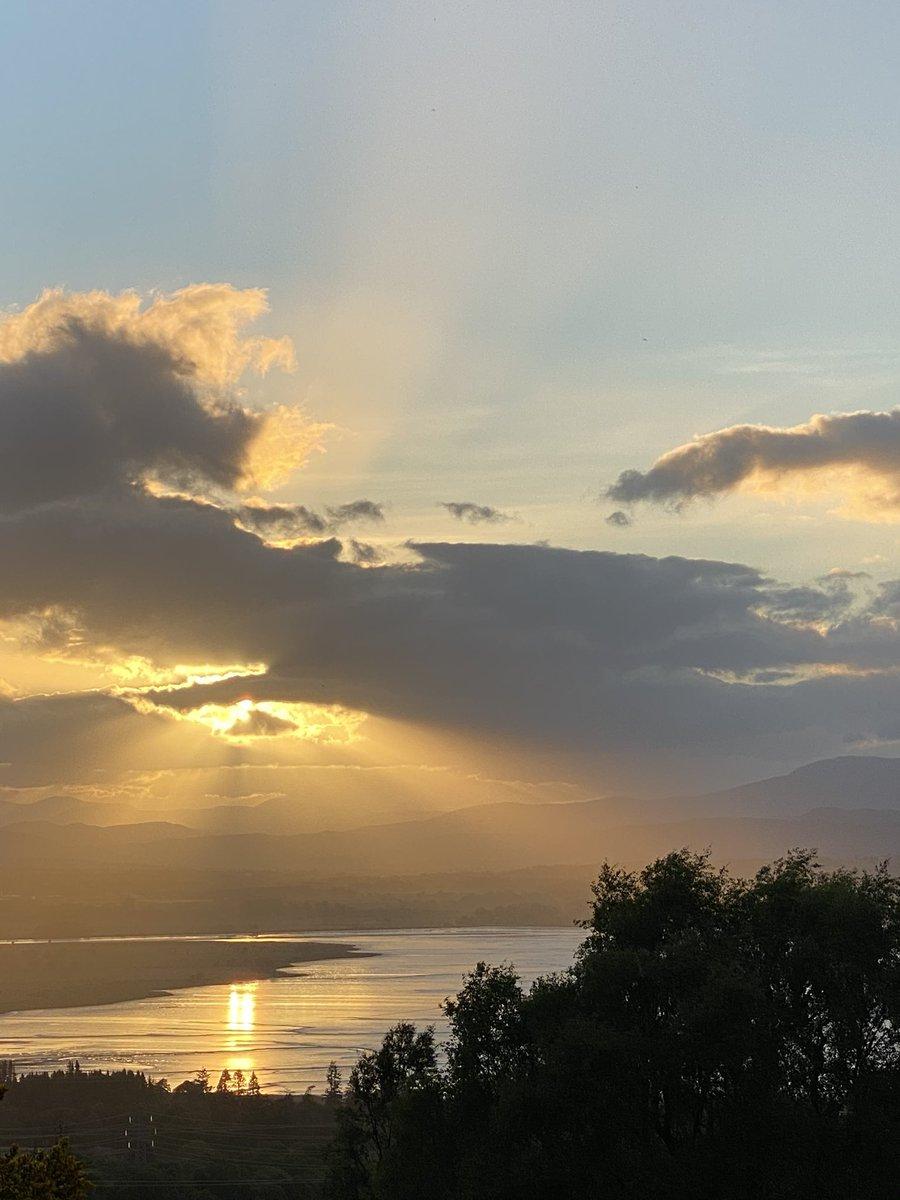 Evening biking in the Highlands. Chasing the light. Being inspired. #highlands #inverness #womenwhocycle #landscapeinspiration #musicandlandscape #light #sunset