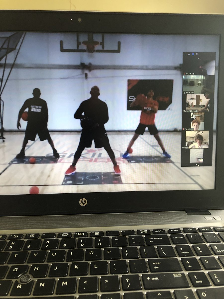 Great final live @airkevsmarter skill enhancement session this evening! The boys got after it tonight! #RossBasketball #Together #NoExcuses https://t.co/hwTHxroI9O