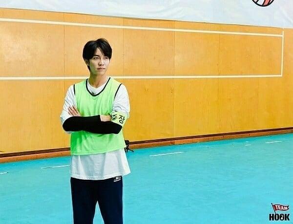 🏐 Seung Gi vai jogar voleibol no próximo episódio de MITH 🏐 #이승기 #LeeSeungGi #SeungGi #Vagabond #2mantrip #Together #MasterInTheHouse #Leaders_cos #KB #Brainstudy  💞💞 Saranghaeyo Oppa 💞💞 Cr.: https://t.co/IYrsnNSEm5 🇧🇷❤🇰🇷 https://t.co/vWXasYO9CF