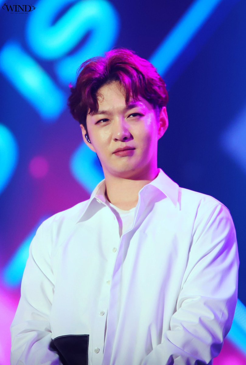 Lee Changsub but it gets weirder              as you scroll down: a thread<br>http://pic.twitter.com/wheSISUp2X