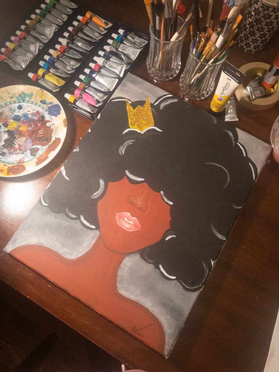 My first big project  More paintings coming soon #Blackqueens #painting #acrylicpic.twitter.com/QyJdZJ5STH
