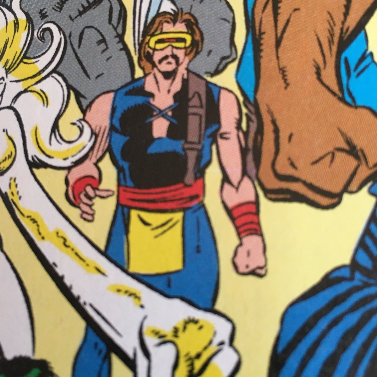 @XPlaintheXmen reading old New Warriors and thought you'd want to see this interesting alternate world version of cyclops <br>http://pic.twitter.com/BfrXKC5pMK