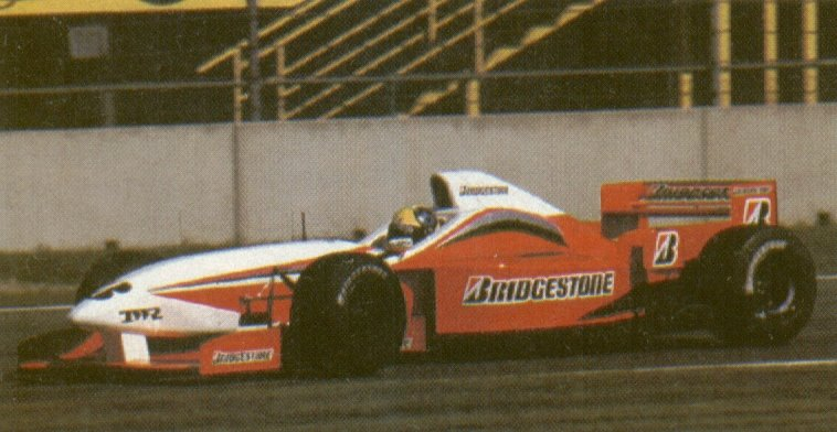 Tarso Marques testing with the TWR FA17 during the well known bridgestone tyre testing. I believe it had to be late 1996 when @marquestarso tested for the team. #Bridgestone #TWR #Arrows #Footwork #F1 #F1Test #Formula1 https://t.co/XQwLfGeMKC