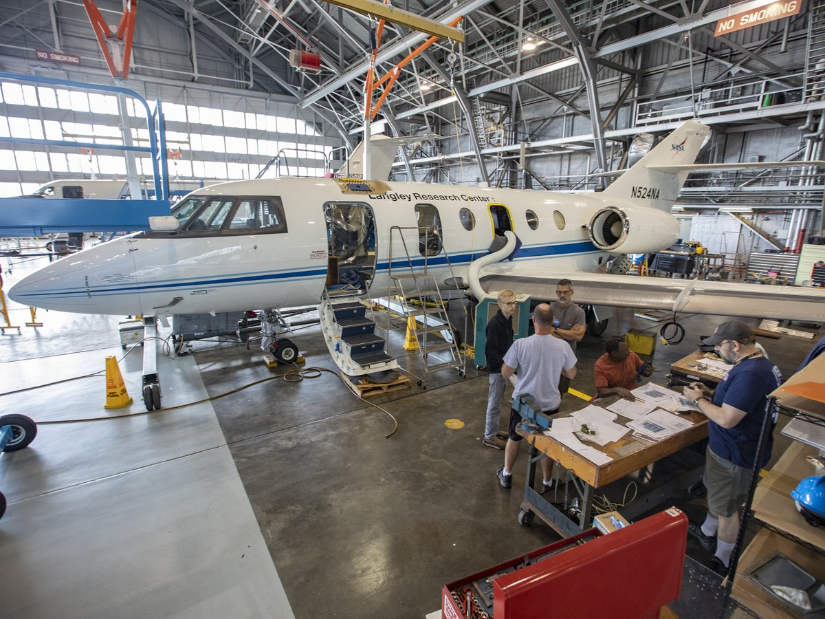 Visit https://t.co/Att3oAYe8j to learn more about the aeronautics research being conducted @NASA_Langley in Hampton, VA 🚁#AMTDay https://t.co/p8YWIbQFJ1