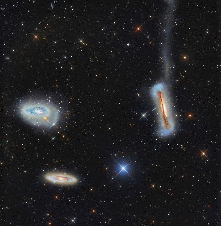 Las tres magníficas galaxias, conocidas como el Triplete de Leo.🌌 https://t.co/EzjIenf9Ww