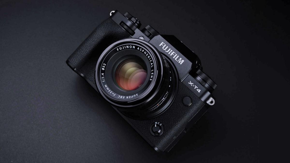 Sony a7 III vs. Fuji X-T4 vs. Nikon Z6. 4K, 1080p, and IBS tests reveal Alpha is no longer the king  http://ow.ly/CPQY50zNXPp #Sony #SonyAlpha #BeAlpha #Sonya7 #Nikon #NikonZ6 #Fuji #FujiXT4pic.twitter.com/hVjc4aqj4X