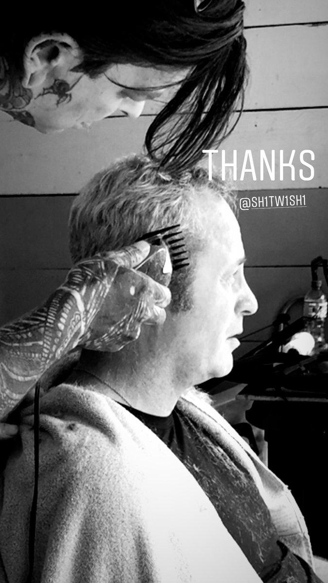 #garage #barbershop #Quarantine cuts! Papa Joe gets #2 & #3 tapered  thanks Jon!pic.twitter.com/MSBy1Ixh2t