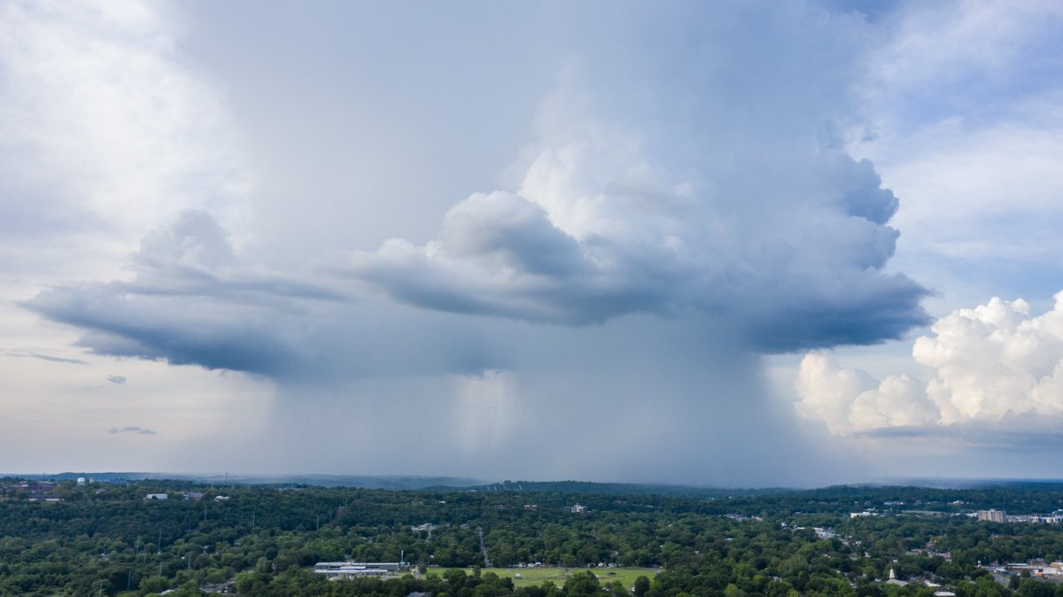 Little storm that moved over North Little Rock a little earlier. #arwx