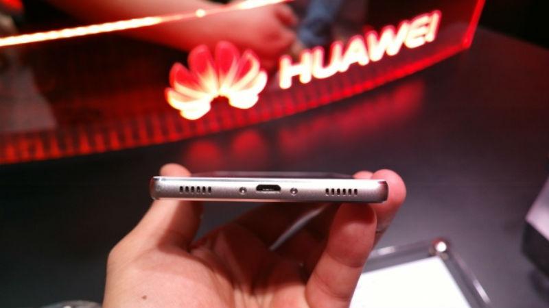Huawei Plans to Launch Foldable #smartphone Before #samsung Report. #technologynews http://bit.ly/2oCaacIpic.twitter.com/sIQk3uGczT