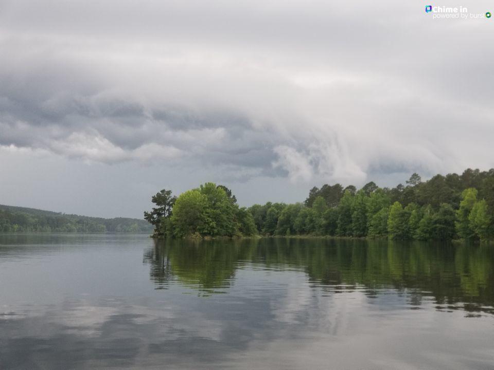 Storms approaching DeGray Lake from KATV viewer Jason Ham. Get inside! #ARWX