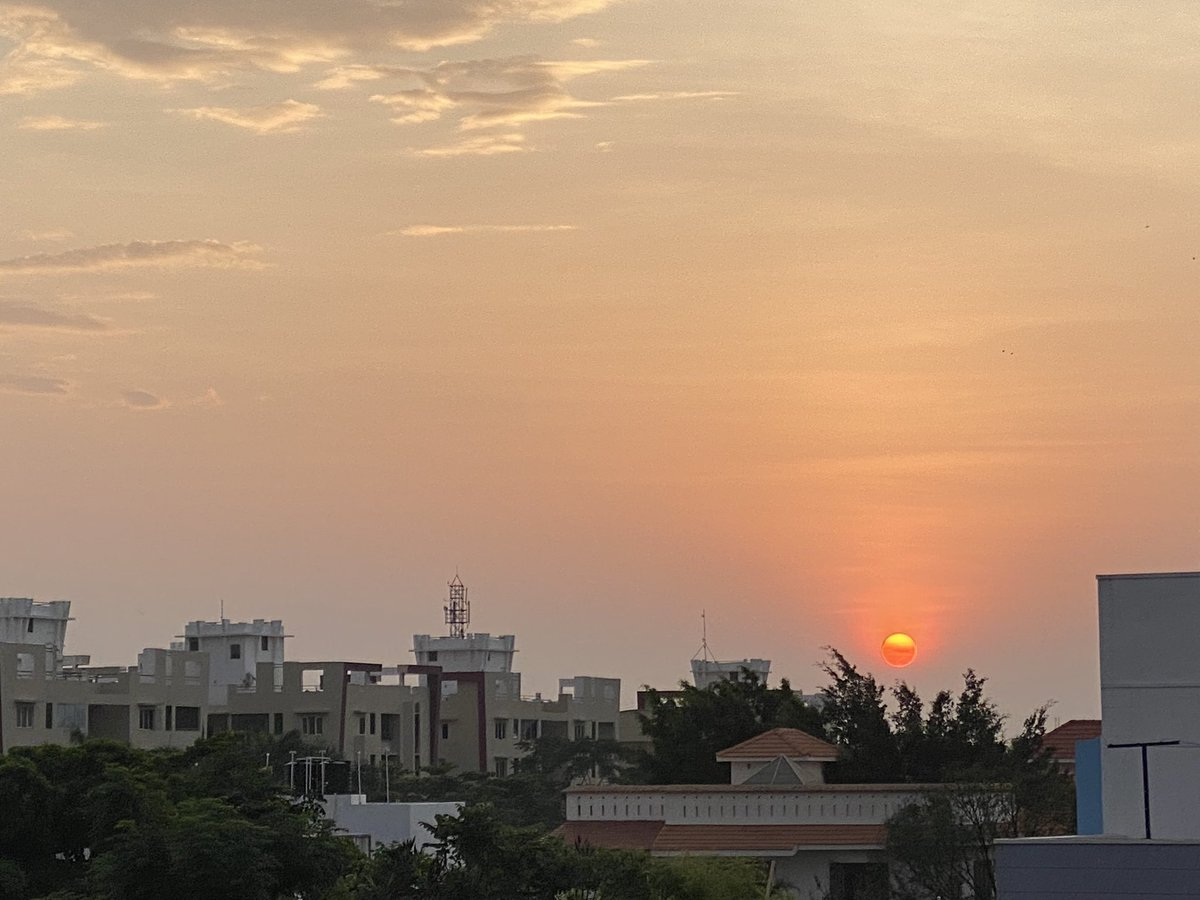 Beautiful #Sunrise today pic.twitter.com/vIOgKxLMFg
