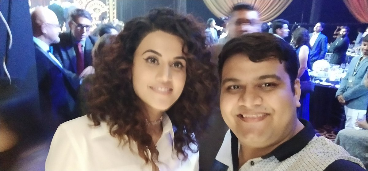 What a great master piece Thappad is superb work by @taapsee & her dad kumudmishraji every daughter should have a father like him. The last scene taapsee talking to her sasumom was the best loved the movie very muchpic.twitter.com/h0rSqQS0fu