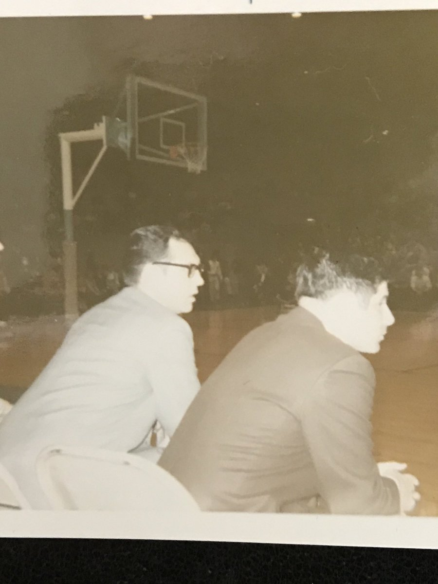 Eddie Sutton gave my dad his 1st Div1 job @ Creighton in 1969. Incredible life/career of service.  #RIPCoachSutton<br>http://pic.twitter.com/Co7zni2UCN