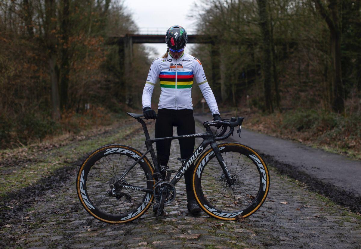 Anna van der Breggen: A rider who isn't scared can win Paris-Roubaix | https://t.co/AC9h4UrSDF https://t.co/hZmYeCIzQ6
