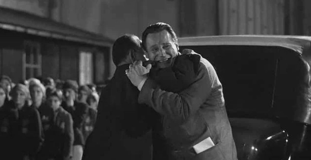 When Oskar breaks down and is consoled by the survivors. - Schindler's List <br>http://pic.twitter.com/ejhyaSZIOv