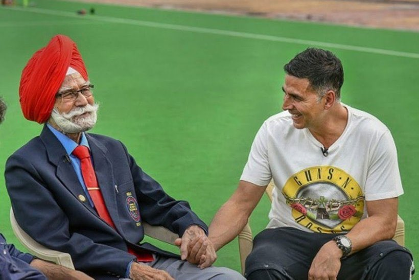Saddened to hear about the demise of hockey legend #BalbirSingh ji. Have had the good fortune of meeting him in the past, such an amazing personality! My heartfelt condolences to his family 🙏🏻