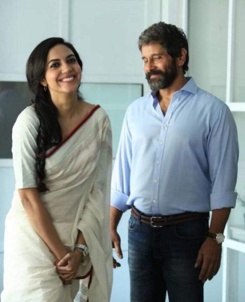 Chiyyan and @riturv Ritu Varma in Dhruva Natchathiram. Read more https://t.co/e9GLhUG3YH  #DhruvaNatchathiram #ChiyaanVikram #rituvarma #KollywoodStreet #kollywood #tamilcinema #cinema #Hashtag https://t.co/vtcUFeIJRk