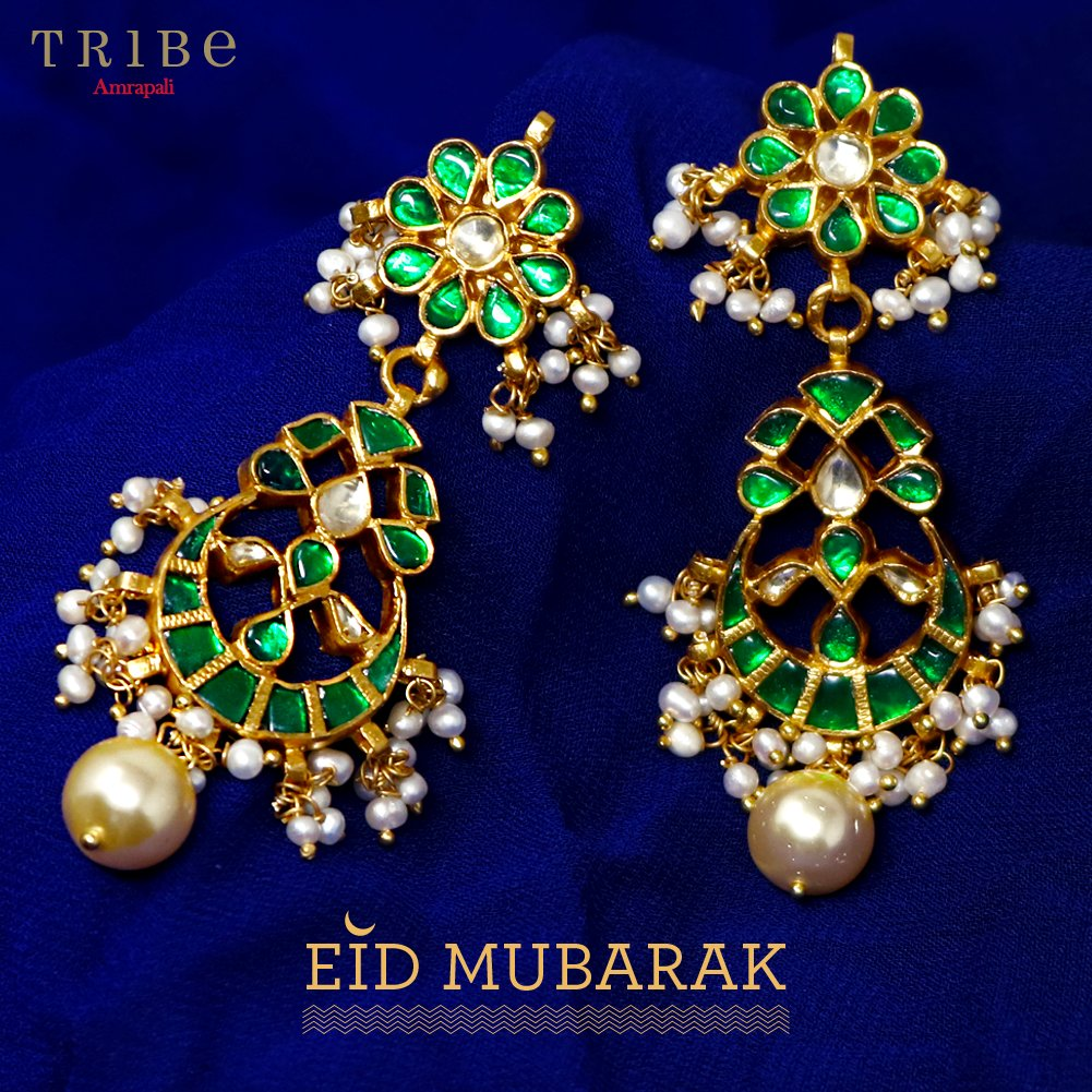 Celebrate Eid in glamour, style and grace with our beautiful collection of chandbali earrings. We wish you Eid Mubarak! https://bit.ly/TribeChandbaliEidCollection…  #TribeAmrapali #Jewellery #JewelleryLove #HandcraftedJewellery #EidMubarakpic.twitter.com/wyh7dtZcN2