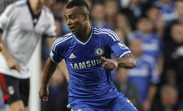 Ashley Cole reveals Arsenal were 'falling apart' before Chelsea move https://www.tribalfootball.com/articles/ashley-cole-reveals-arsenal-were-falling-apart-before-chelsea-move-4327286?utm_source%3Dmediafed%26utm_medium%3Drss-feed%26utm_campaign%3DFeed-Latest%2BArticles&utm_source=dlvr.it&utm_medium=twitter … #football #news #sport pic.twitter.com/lNpg3FYjs2