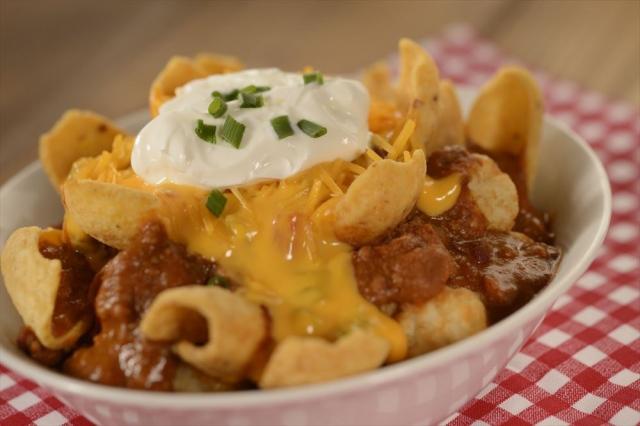【うまそ】米ディズニー・ワールドの人気メニュー「トチョス」レシピ公開!パーク内のトイ・ストーリーランドにあるレストラン「ウッディのランチボックス」の人気メニューとなっている。
