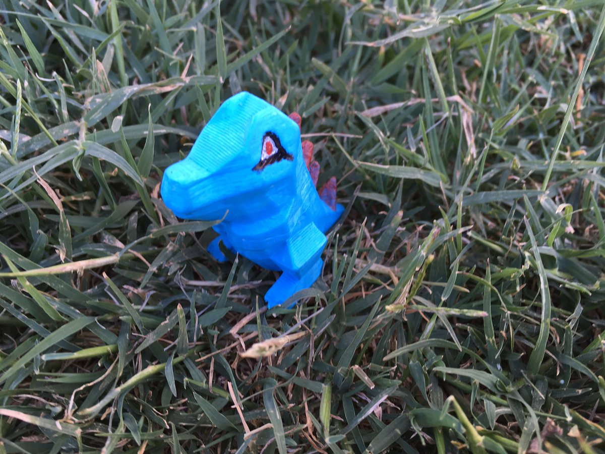 Hand painted low poly totodile. 3D printed in PLA. - - -  #3dprinting #3dprint #3dprinted #3dprinter  #3dprintable #3dprints #pokemon  #lowpoly