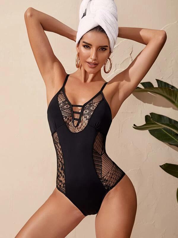 Hollow Out Detail One Piece Swimsuit 13,00€ #hollowout #onepiece #swimsuit #fashion https://lite.al/klJ-Gpic.twitter.com/ZO7QNcpK16