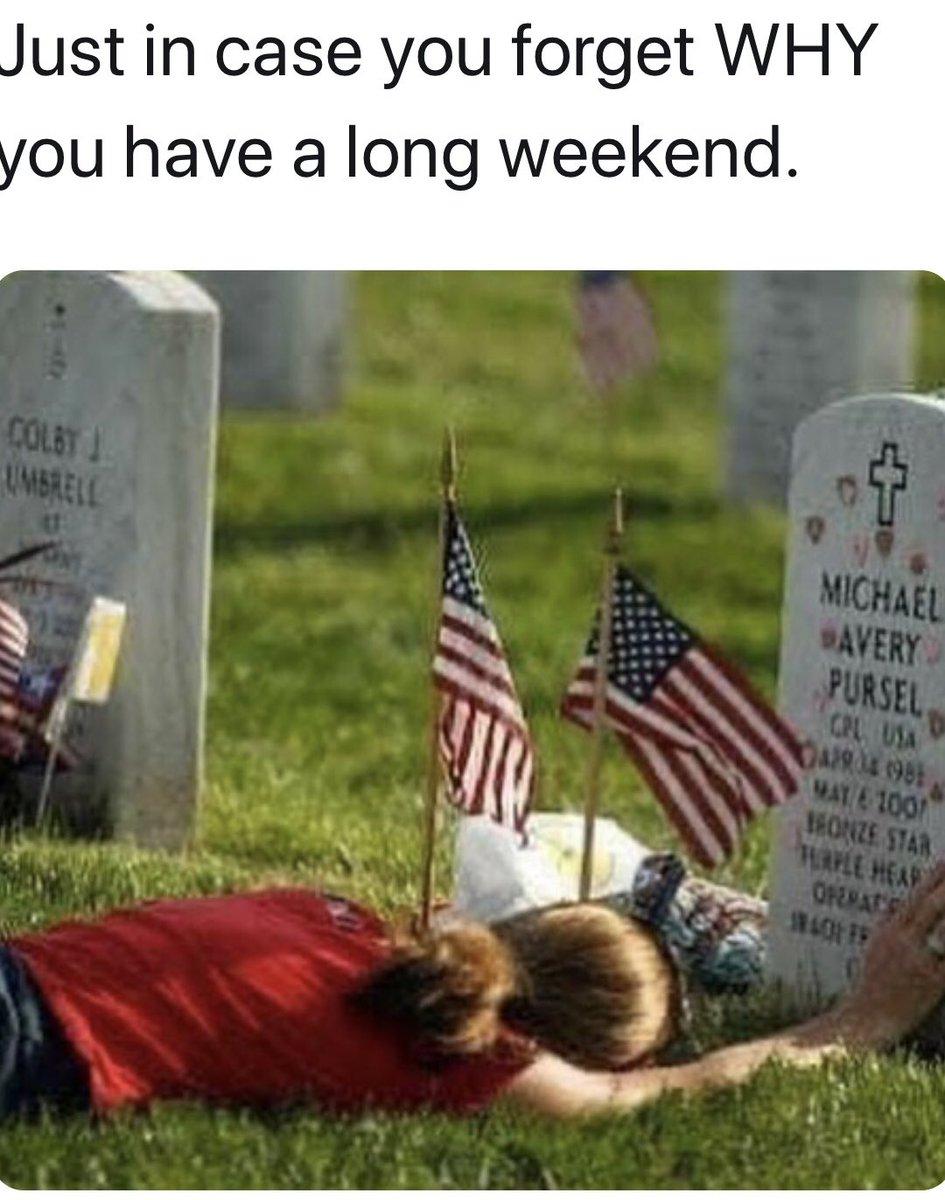Honoring American Veterans  #USA pic.twitter.com/fZ5vrsy8FU