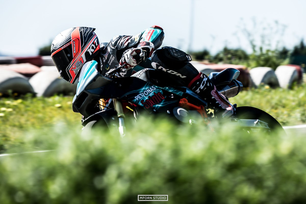 The sun is out so Xavi is enjoying it in one of the best ways possible, riding mini bikes!!   #MotoGP | #Moto2 | #PETRONASmotorsports | #BucciMoto | #XV97 | https://t.co/zdhsqht9rS