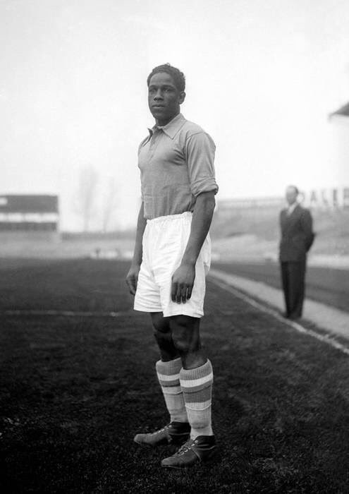Larbi Benbarek was a legend of that #AtleticoMadrid team; the first African star from #Morocco who lit up #LaLiga and paved the way for more African players to make moves to Europe. pic.twitter.com/h5dE87gDdE