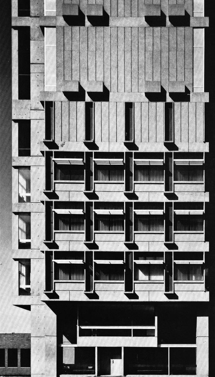#brutalmonday  ... Josep Lluis Sert - Law Tower #Boston Boston University #Massachusetts 1964pic.twitter.com/ZBDJl2L8hz