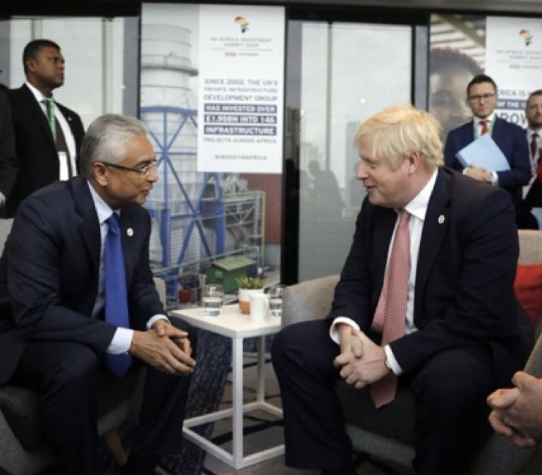 Happy #AfricaDay to everyone in #Mauritius - the world has changed in 4 months since African leaders including @PKJugnauth attended UK-Africa Investment Summit in London, but UK commitment to Africa remains just as strong. @MFA_MU @tradegovuk @EDBMauritius @JamesDuddridge 🇬🇧🇲🇺🌍 https://t.co/AifWuYJu5E