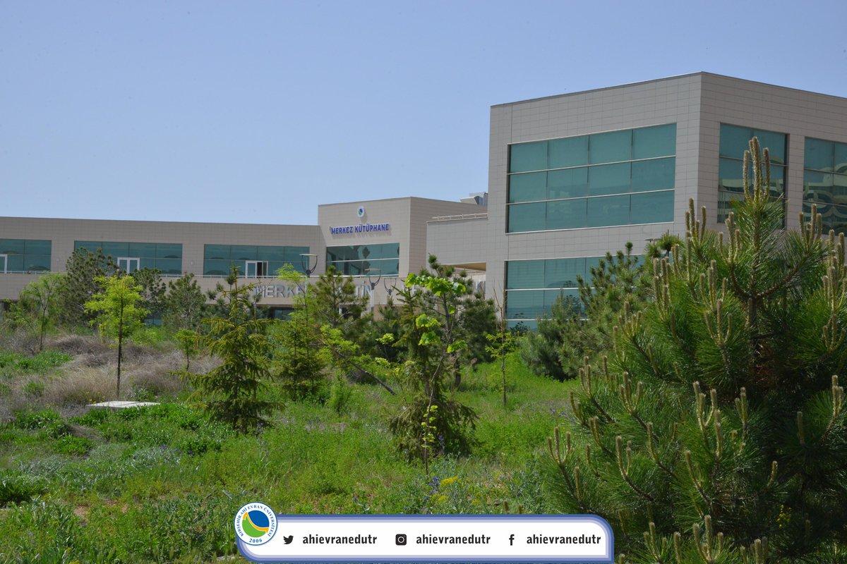 Güzel bir hafta, mutlu bir bayram dileriz..  #KırşehirAhiEvranÜniversitesi #Kırşehir #Pazartesi #YeniHafta #İyiBayramlar  ( Merkez Yerleşke)pic.twitter.com/7ZlDCldwoC