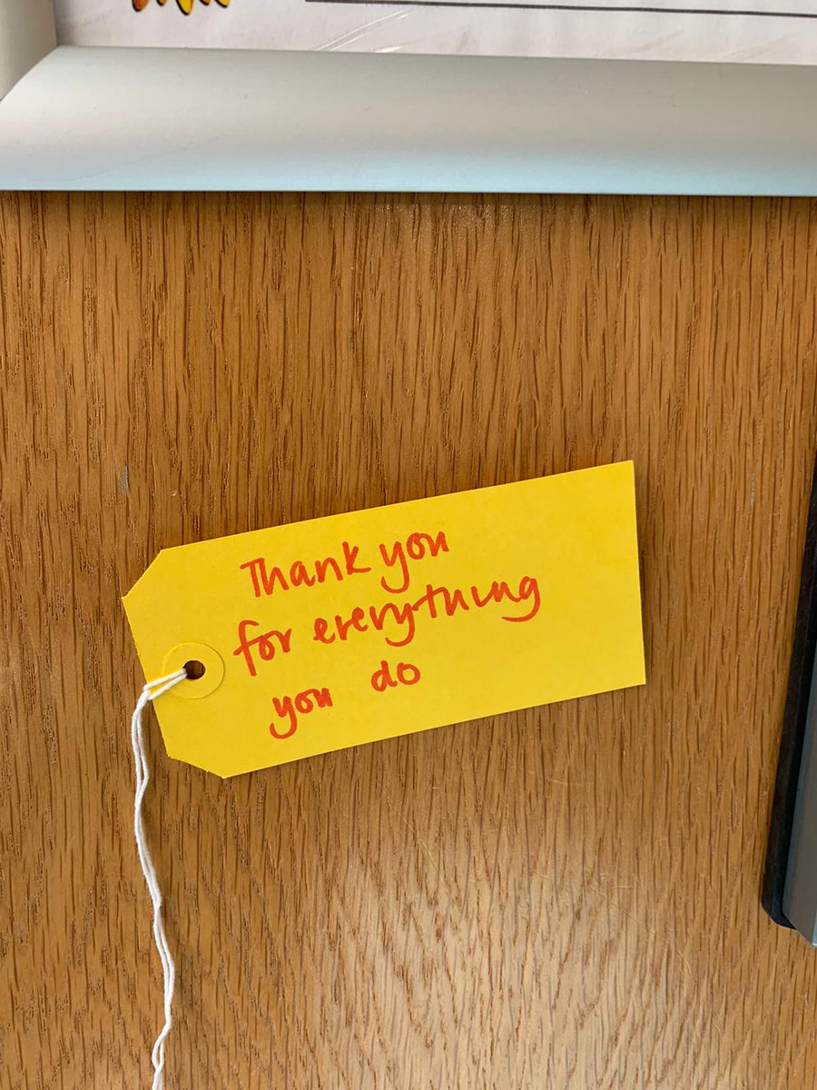 These lovely notes of #thanks, #motivation and #kindness have been left around the hospice by a member of staff. #MentalHealthAwarenessWeek has come to an end but continuing to look after ourselves and one another is a constant. #MentalHealthAwareness #KindnessMatters pic.twitter.com/YuntYBOlen