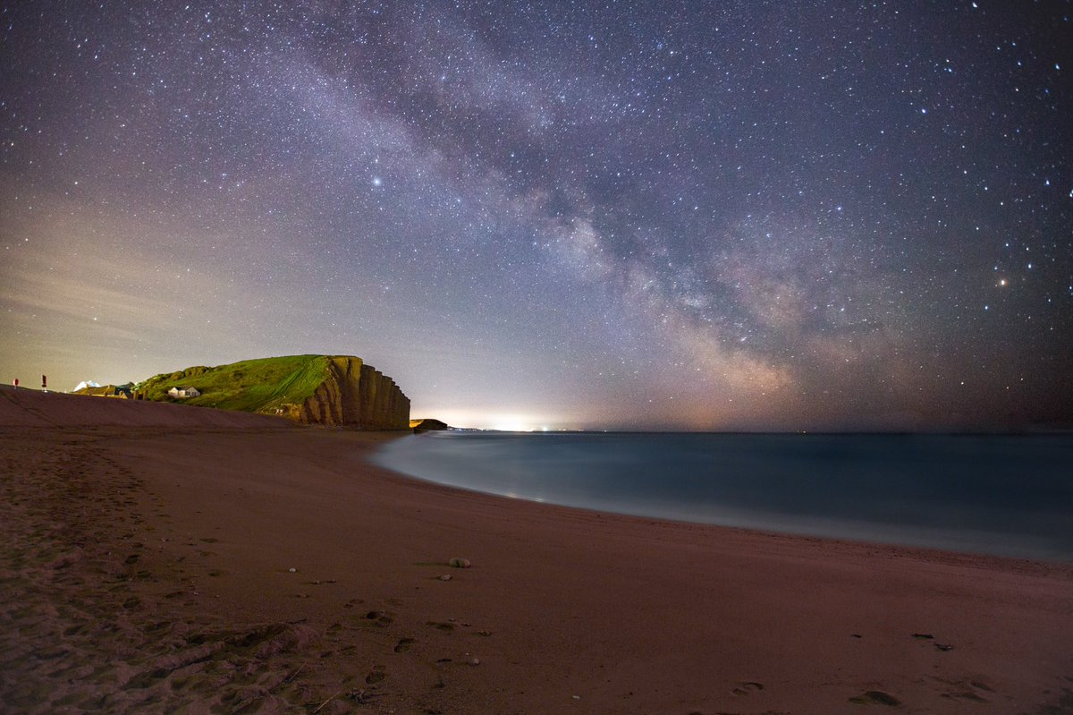 Milky Way last night at West Bay in Dorset  @VirtualAstro @STPictures<br>http://pic.twitter.com/kiRShRjmy2
