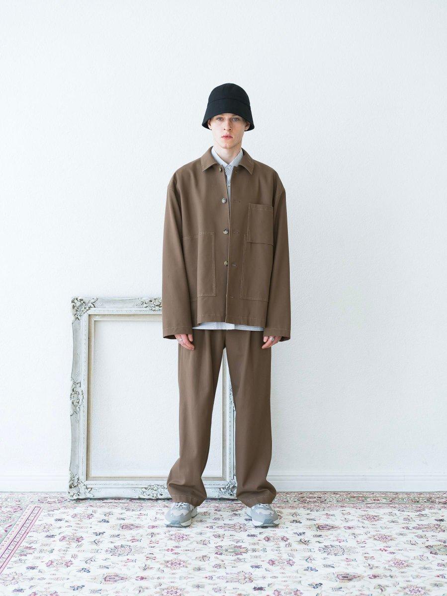 「トープ(TAUPE)」の2020-21年秋冬コレクション。