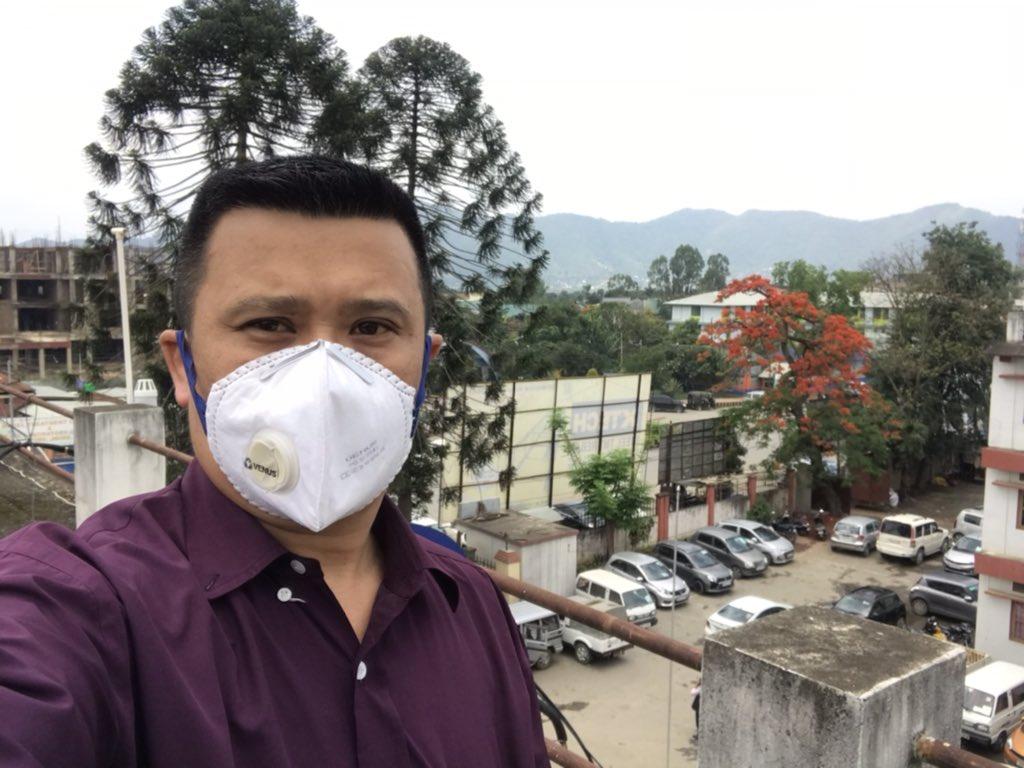 It's really satisfying to work for the #COVID19outbreak in Manipur #coronavirusinindia .Jai Hind জয় হিন<br>http://pic.twitter.com/ZcVAuDXYVs