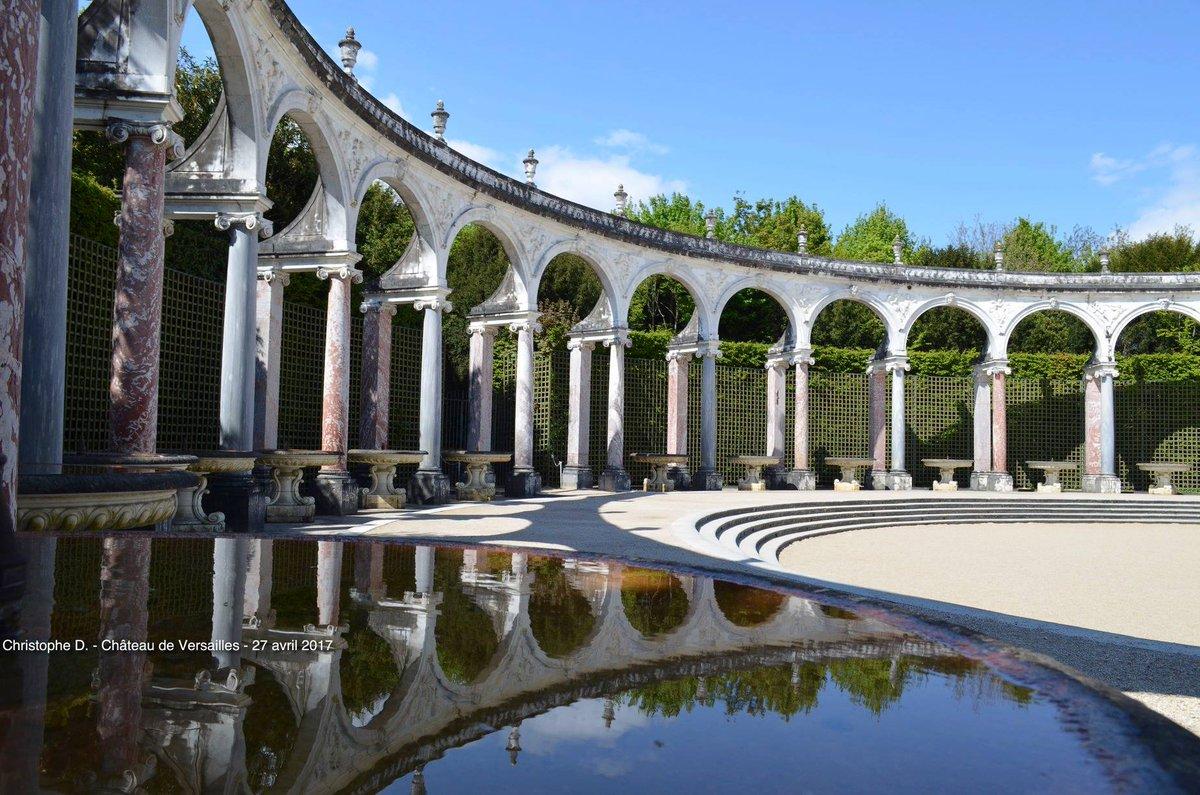"""Versailles passion on Twitter: """"Bosquet de la Colonnade, L'enlèvement de  #Proserpine par #Pluton. Découvrez l'histoire de ce #bosquet construit par  #Mansart et décoré par #Coysevox sur ⬇️⬇️CLIQUEZ ICI⬇️⬇️  https://t.co/70Sl9lYiq8… https://t.co ..."""