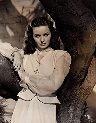 Victoria Haddock Pa Twitter Oscar Nominated Actress Jeanne Crain Was Born Onthisday In 1925 She Starred As Ruth Berent In The Classic Film Noir Leave Her To Heaven Alongside Gene Tierney In