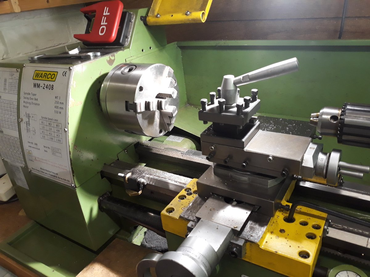 A manual lathe, some metal and a few ideas of what to make #maker #engineering #warco https://www.glue-it.com/wppic.twitter.com/KBAUGMzzol