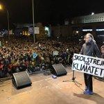 "Image for the Tweet beginning: Greta Thunberg: ""Los políticos intentan"