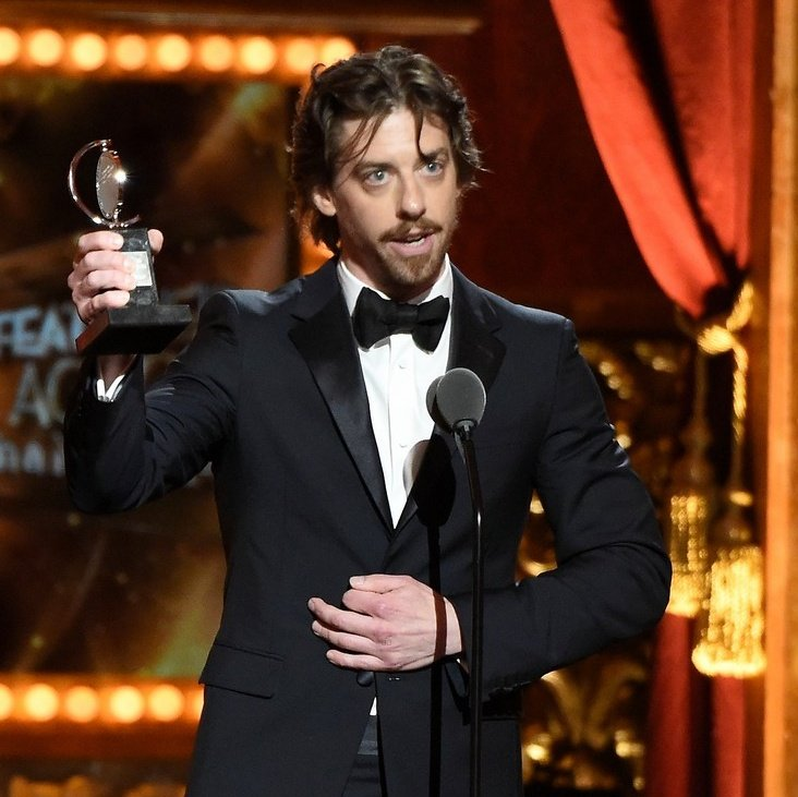 """""""Christian Borle""""  What Broadway             What AG   fans see.                        Fans see. <br>http://pic.twitter.com/aUfy0ZJ2BD"""